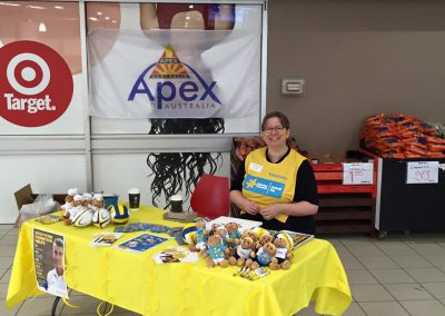 Amanda and Hoppers Crossing Apex supporting Daffodil Day